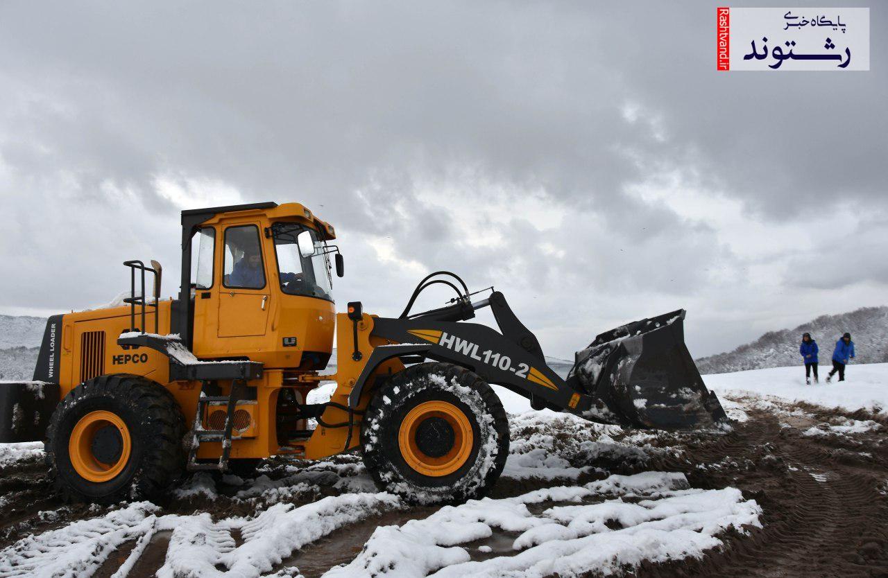 گزارش تصویری ادامه کار دفن زباله در سراوان توسط سازمان مدیریت پسماند شهرداری رشت